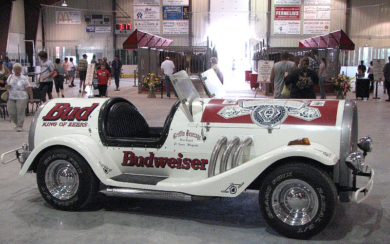 Budweise car and Clydesdales