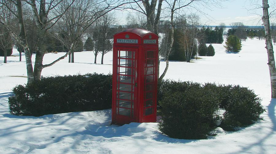 old style red telephone booth (Tardis)