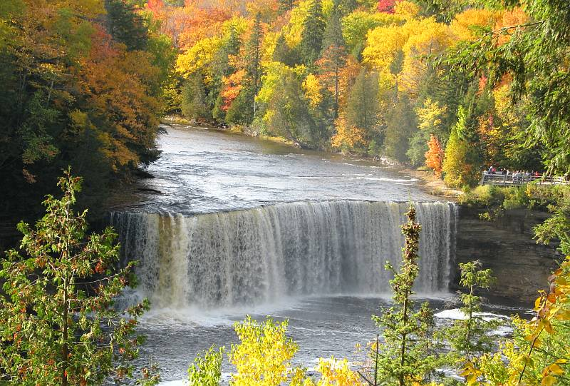 Tahquamenon Falls with fall colors