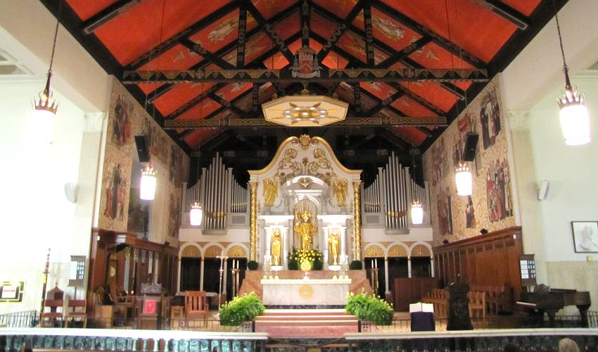 Cathedral Basilica sanctuary - St. Augutine, Florida