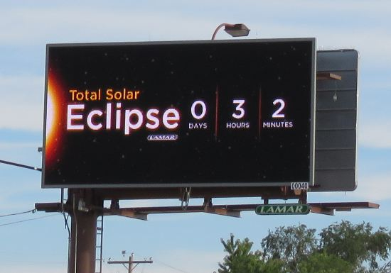 TOtal Eclipse countdown clock