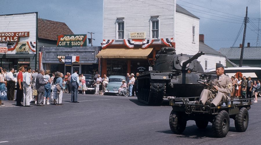 Mackinaw City parade 1958
