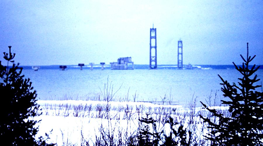 BUilding the Mackinac Bridge 0 winter