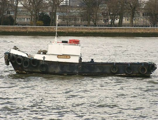 fishing boat on the Thames RIver