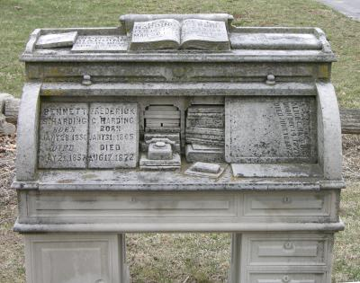 roll-top desk grave marker